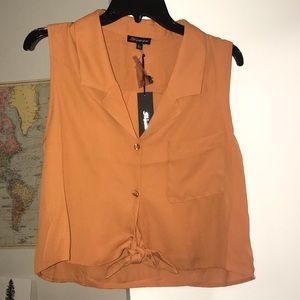 Cropped sleeveless button up with tie